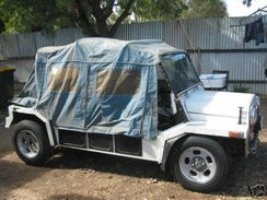 An Export Moke with Sth Australian number plate RXJ283